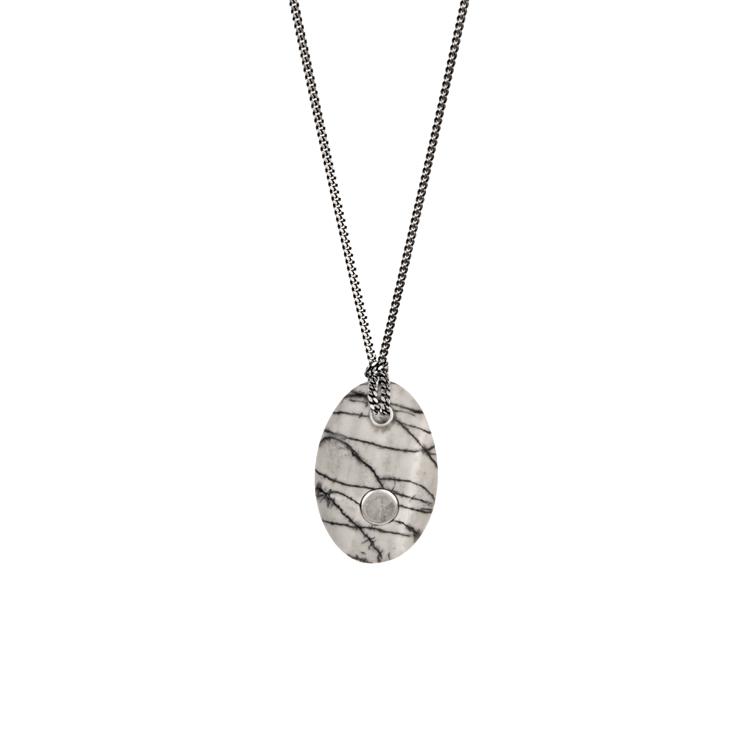 8. Koester ashanger picasso jaspis, 3.2 cm, zilver, € 225