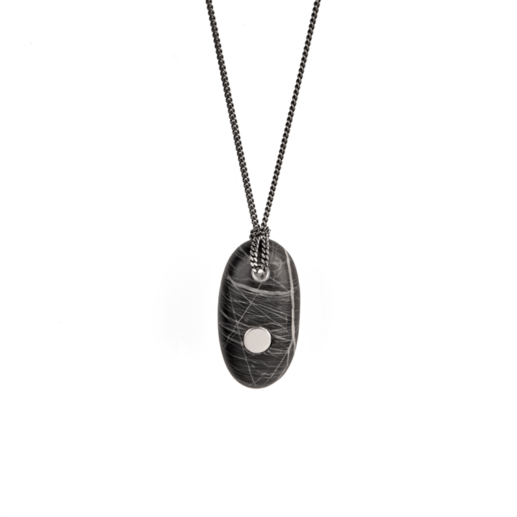 15. Koester ashanger picasso jaspis, 3.5 cm, zilver, € 225